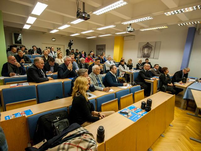 ZŠEM Business Forum o transformaciji HPB-a u agrobanku