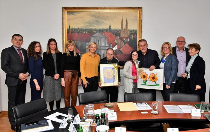 Predstavnici Udruge za sindrom Down kod zagrebačkog gradonačelnika